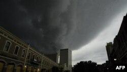 Uragan Gustav stiže nad New Orleans