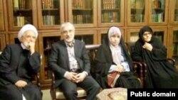 میرحسین موسوی، زهرا رهنورد و مهدی کروبی و فاطمه هاشمی در سال ۱۳۸۸
