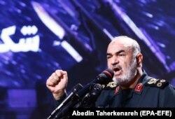 Командующий Корпусом стражей Исламской революции генерал Хоссейн Салами