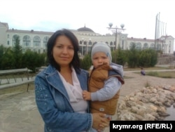 Татьяна Потапская с ребенком