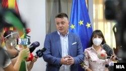 Градоналачникот на Скопје, Петре Шилегов, и министерката за образование и наука Мила Царовска, Скопје 4 септември 2020.