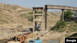 Алмалыкский горно-металлургический комбинат.