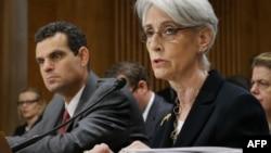 سمت راست: وندی شرمن، معاون موقت وزیر خارجه آمریکا