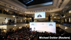 Wolfgang Ischinger, președintele Conferinței de Securitate de la München, vorbind la deschiderea lucrărilor, 14 februarie 2020.