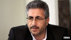 محمدعلی اسفنانی کشف دو درصد از کالاهای قاچاق در ایران را نشانه «موفق» عمل نکردن «سازمان عریض و طویلی مانند تعزیرات حکومتی» دانسته است