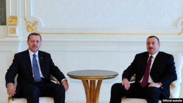 Azerbaijan -- President Ilham Aliyev meets with Turkish Prime-Minister Recep Tayyip Erdogan in Baku, 13May2009