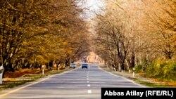 Дорога в регионе Исмаиллы-Габала, Азербайджан. Осень 2013