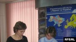 Підписання тристоронньої Угоди про співпрацю між Проектом «Місцевий розвиток, орієнтований на громаду», та громадами сіл Рівненщини