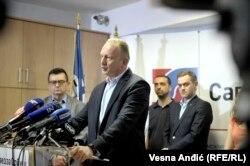 Ukoliko ne budu pušteni u naredna 24 sata biće organizovani mirni protesti i dežurstva ispred Predsedništva Srbije: Dragan Đilas