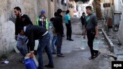 مناطق اطراف پایتخت که هدف حملات تازه قرار گرفتهاند تامینکننده بخش مهمی از آب دمشق (در تصویر) و حواشی آن هستند