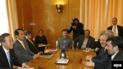 Iranski predsjednik i glavni tajnik UN-a susreli su se u Genevi, gdje se održava i konferencija o rasizmu