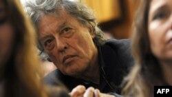 Dramaturgu britanik dhe aktivisti i të drejtave të njeriut, Tom Stoppard, 14 nëntor 2009