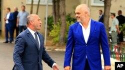 Kryeministri i Kosovës, Ramush Haradinaj dhe kryeministri i Shqipërisë, Edi Rama