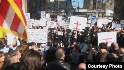 مشهد من مظاهرة ديترويت