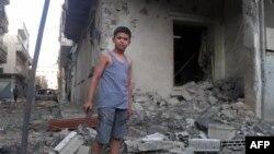 Сириянын Хама провинциясынын Тремси кыштагындагы 200дөн ашуун адам өкмөттүк күчтөрдүн колунан өлгөнү кабарланды.