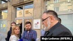 "Predstavnik pokreta ""1 od 5 miliona"" Stanko Bosnić tokom razgovora sa rukovodstvom RT Vojvodine"