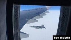 Фото пасажирів російського літака у небі над швейцарським повітряним простором