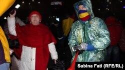 Бухаресттеги демонстрациянын катышуучулары.