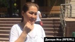 Главный редактор общественно-политической газеты «Темірқазық-ой» Анаркуль Сулеева комментирует решение Аль-Фарабийского районного суда. Шымкент, 11 июля 2018 года.