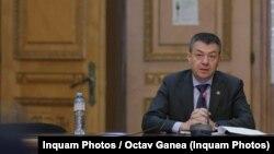 Ministerul Culturii, condus de Bogdan Gheorghiu, susține că statul nu putea să se folosească de dreptul de preempțiune la licitația Enescu pentru că nu exista o hotărâre care să stabilească dacă anumite bunuri sunt de patrimoniu, deși procedura era încă în derulare.