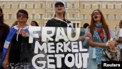 Protesta në Athinë që kundërshtojnë vizitën e kancelares gjermane, Angela Merkel