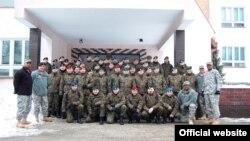 Польща -- Офіцери США та Польщі на навчаннч у Познані