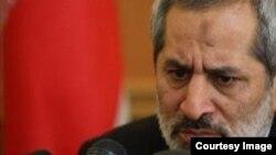 عباس جعفری دولتآبادی، به اپراتورهای تلفن همراه درباره حفظ اطلاعات مشترکانشان، هشدار داد