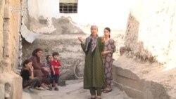 "Тарси сокинони Заҳматобод аз ""мавҷудот""-и ниқобпӯш"