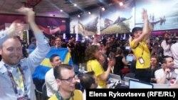 """Пресс-центр """"Евровидения"""" ликует при вести о победе шведского исполнителя"""