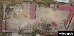 """""""Меади"""" компаниясынын бийиктиктен көрүнүшү. Компания Чоң Чүй каналы тараптагы 1,8 гектар жерди ээлеп жатат."""
