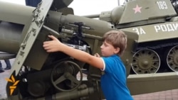 Donetsk Separatists Celebrate WWII Liberation