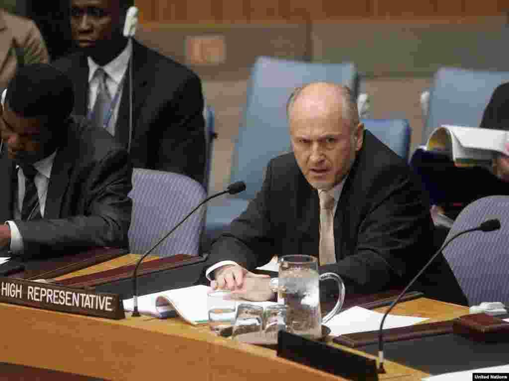 UN - Valentin Inzko na sjednici Savjeta sigurnosti - Visoki predstavnik u BiH, Valentin Inzko je situaciju u ovoj zemlji opisao teškim i crnim riječima.