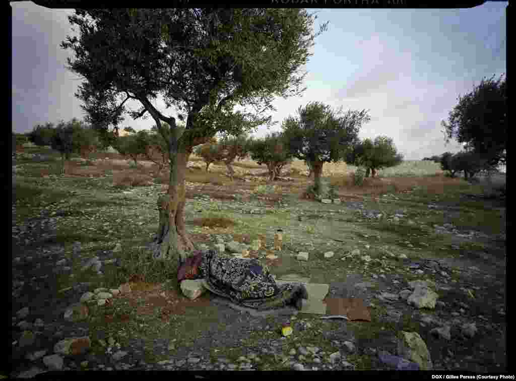 Gilles Peress, Bethlehem Checkpoint on the Israeli Side, 2011