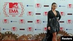 Германия - Ким Кардашьян во время церемонии вручения премий MTV 2012 года, Франкфурт, 11 ноября 2012 г․