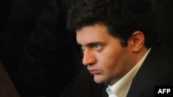 28 октября Ахалая был признан виновным в бесчеловечном обращении с заключенными во время подавления тюремного бунта в 2006 году и осужден на три года и девять месяцев. Многие не исключают, что президент Саакашвили помилует его