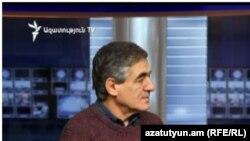 Քաղաքագետ Մանվել Սարգսյանը «Ազատության» ստուդիայում, արխիվ: