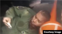 Скриншот од видео по уривањето на авганистанскиот воен авион во Узбекистан