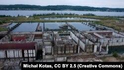Пляцоўка будаўніцтва АЭС у Жарноўцы, Польшча, 2006 год