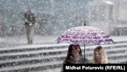 Snijeg u aprilu, ilustracija