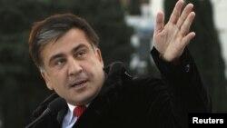 Михаил Саакашвили считает, что Путин ведет Россию не туда