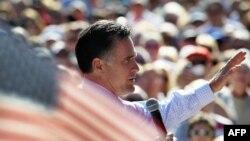 Митт Ромни на предвыборном митинге во Флориде