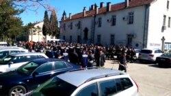 Podgorica: Protest vatrogasaca