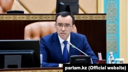 Maulen Ashimbaev is a longtime Nur-Otan loyalist.