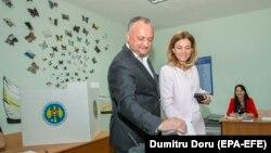 Igor Dodon și soția sa Galina la alegerile locale anticipate din Chișinău