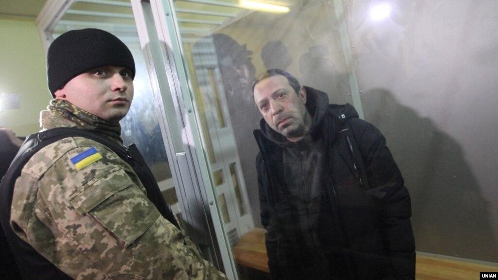 Збудівлі суду Чернігова Корбана відвезли вневідомому напрямку— ЗМІ