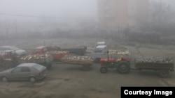 Klinë - Automjetet e konfiskuara nga Policia e Kosovës gjatë një operacioni për ndalimin e prerjes ilegale të drunjve, 14 janar, 2014