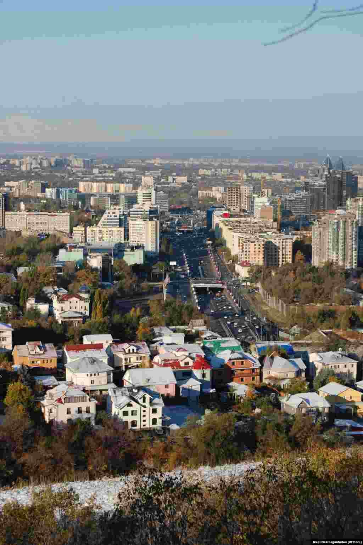 Көктебеден қарағандағы Алматы оянды. 19 қазан 2012 жыл.