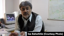 File photo of jailed Iranian journalist Isa Saharkhiz, 2009