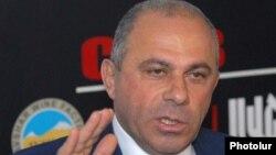 Экс-глава Полиции Армении, а ныне советник президента Армении Алик Саргсян