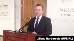 Moldova - Parliament, the new General Attorney/Prosecutor, Corneliu Gurin, Chisinau, 18Apr2013